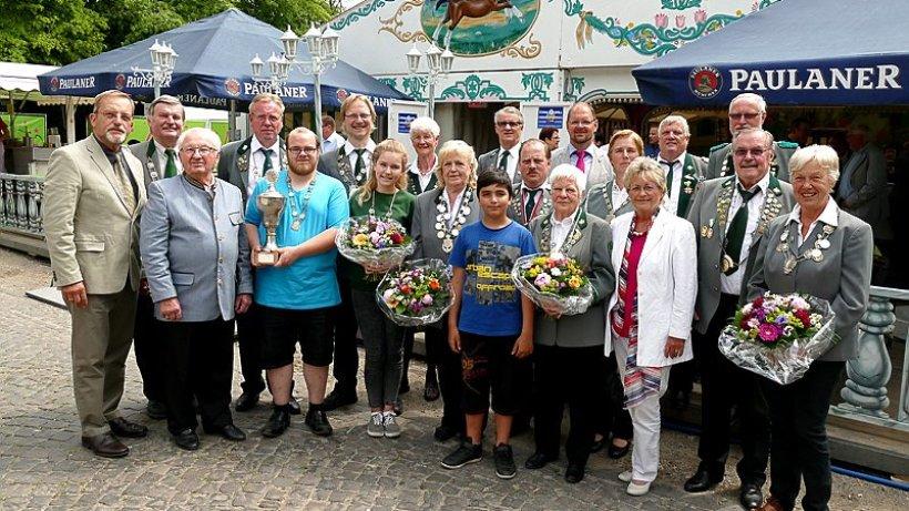 Der Fliegende Teppich und die Königswürde  Wolfsburger